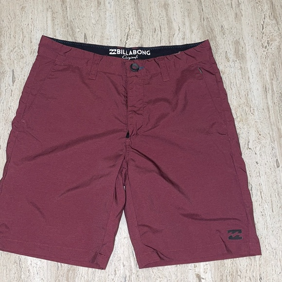 Billabong quick dry board shorts